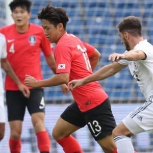 Korean Forward, Hwang Ui-jo Saves the Day