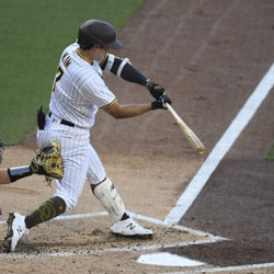Kim Ha-seong Earned 1st MLB Hit and RBI